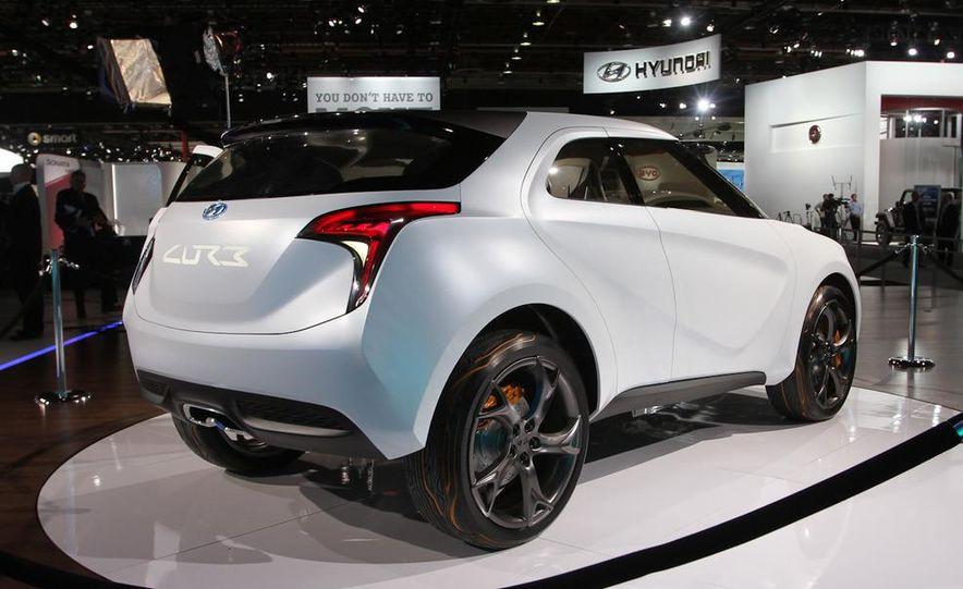 Hyundai Curb concept - Slide 3