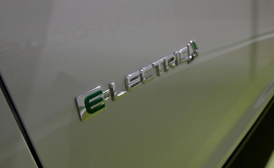 2012 Ford Focus Electric - Slide 7