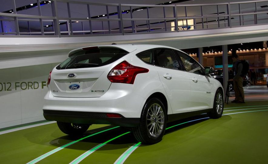 2012 Ford Focus Electric - Slide 5