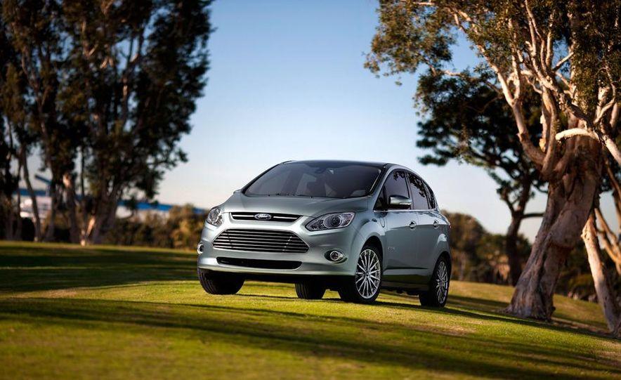 2013 Ford C-Max Energi - Slide 5