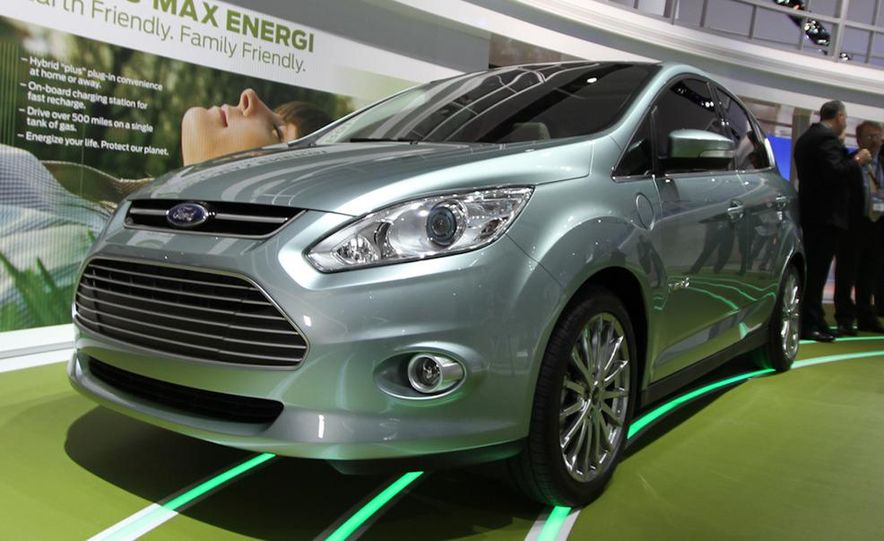 2013 Ford C-Max Energi - Slide 2