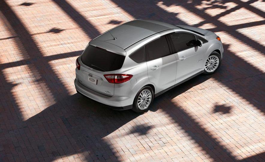 2013 Ford C-Max Energi - Slide 12