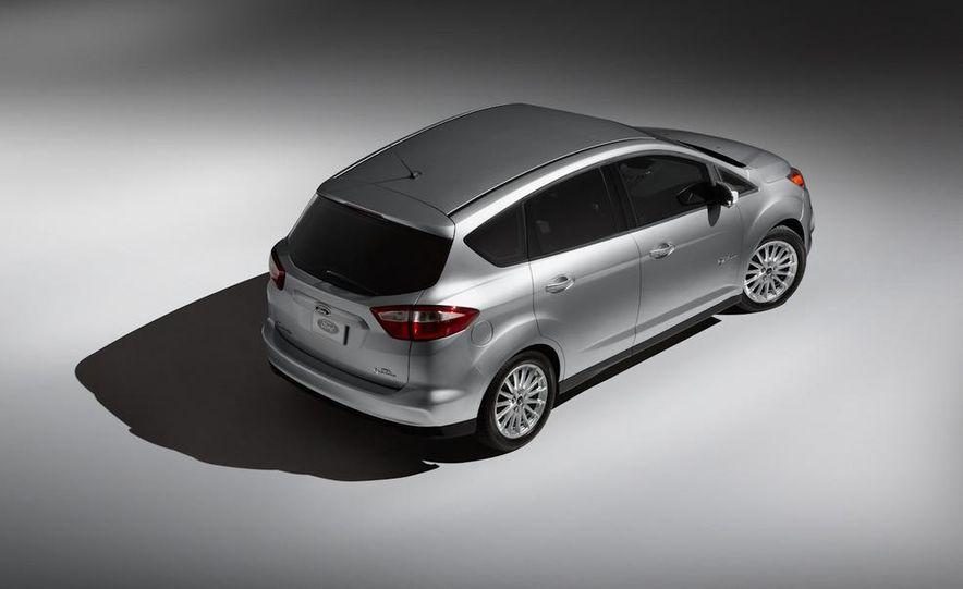 2013 Ford C-Max Energi - Slide 13