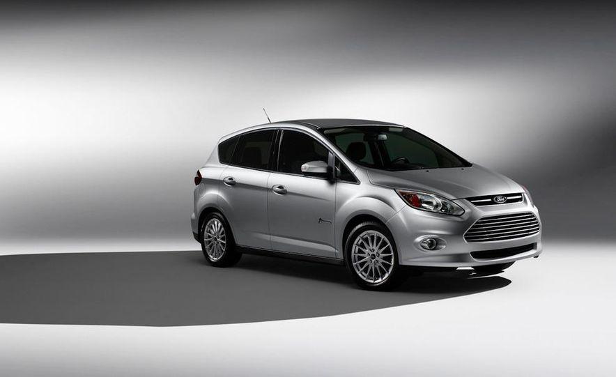 2013 Ford C-Max Energi - Slide 16