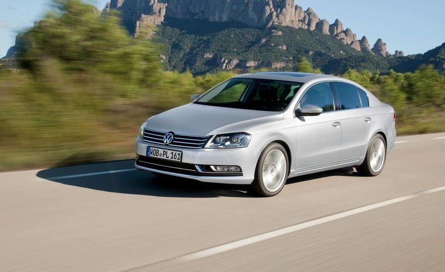 2012 Volkswagen Passat - Slide 25