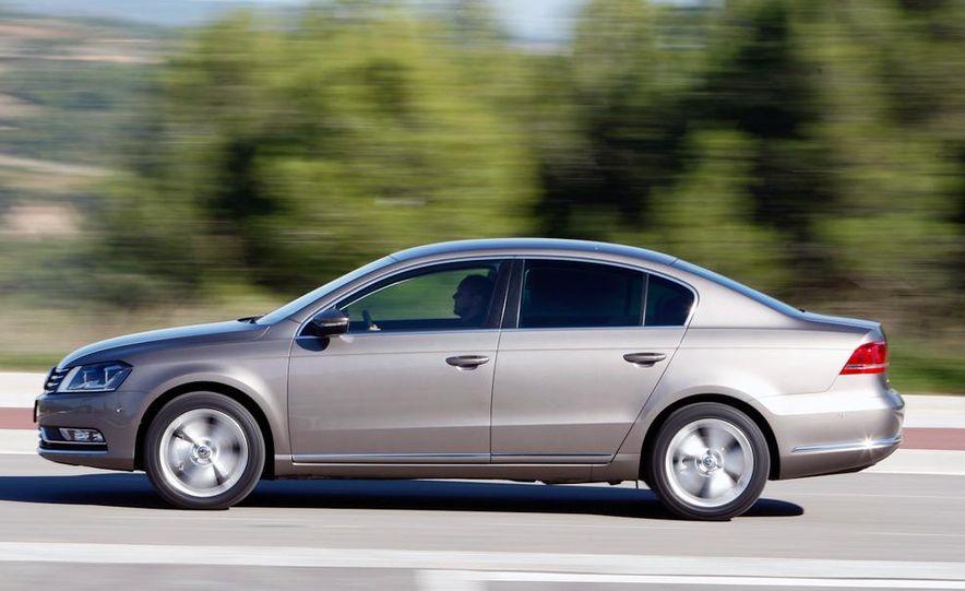 2012 Volkswagen Passat - Slide 46