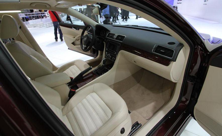 2012 Volkswagen Passat - Slide 12