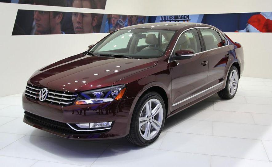 2012 Volkswagen Passat - Slide 5
