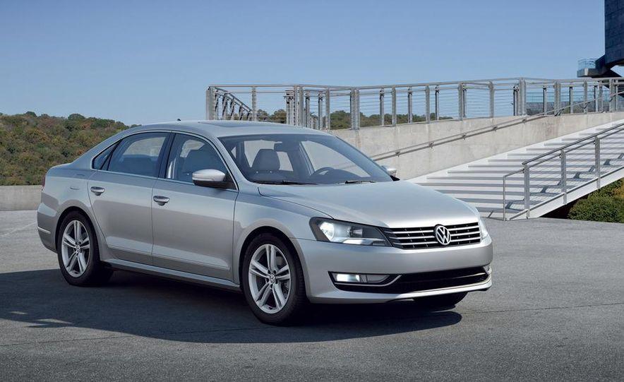 2012 Volkswagen Passat - Slide 13