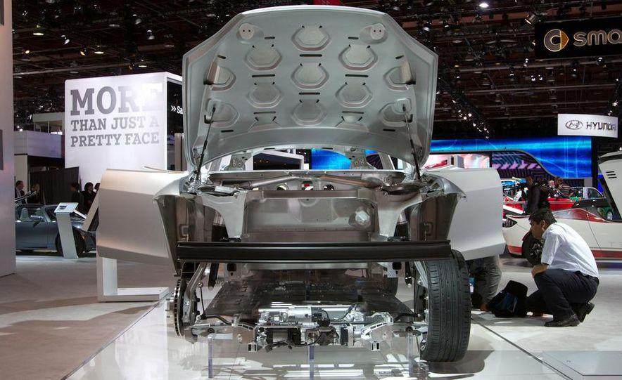2012 Tesla Model S - Slide 7