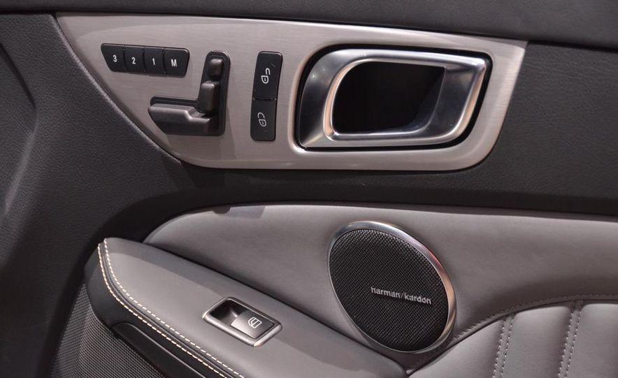 2012 Mercedes-Benz SLK350 - Slide 11