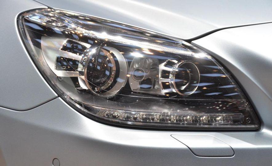 2012 Mercedes-Benz SLK350 - Slide 4