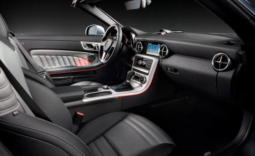 2012 Mercedes-Benz SLK350 - Slide 35