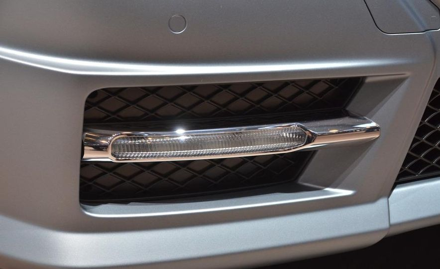 2012 Mercedes-Benz SLK350 - Slide 3
