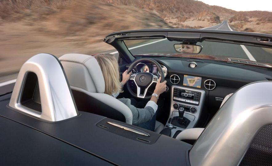 2012 Mercedes-Benz SLK350 - Slide 46