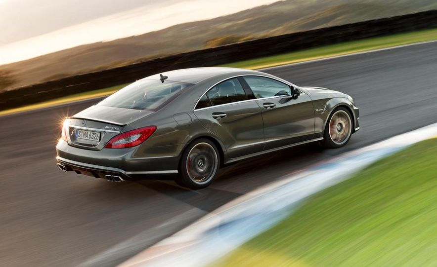 2012 Mercedes-Benz CLS63 AMG - Slide 16