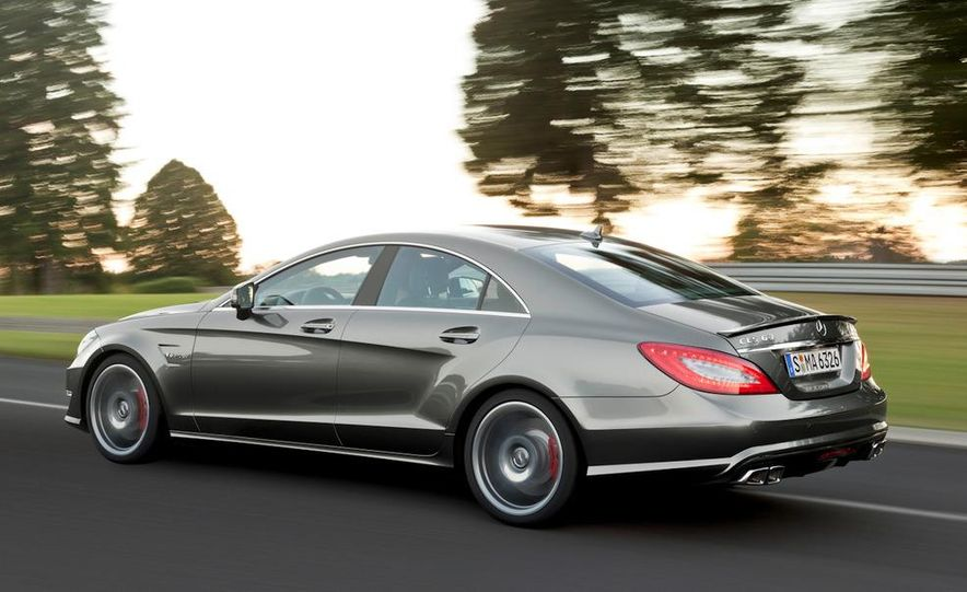 2012 Mercedes-Benz CLS63 AMG - Slide 18