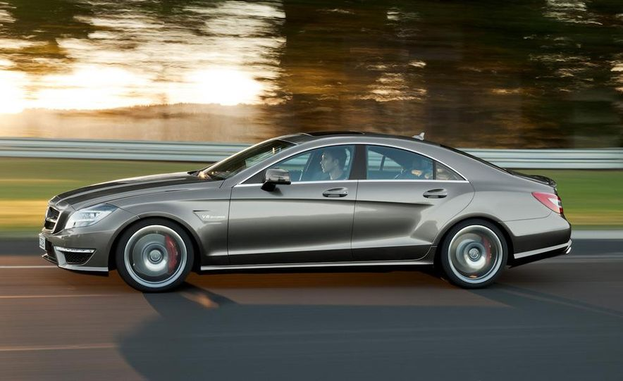 2012 Mercedes-Benz CLS63 AMG - Slide 19
