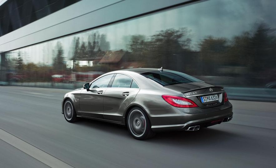 2012 Mercedes-Benz CLS63 AMG - Slide 24