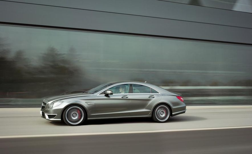 2012 Mercedes-Benz CLS63 AMG - Slide 25