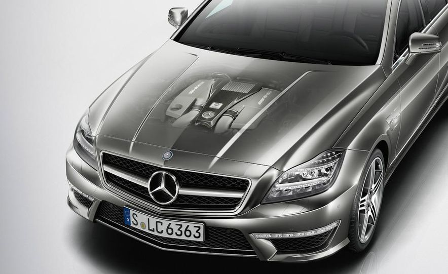 2012 Mercedes-Benz CLS63 AMG - Slide 30