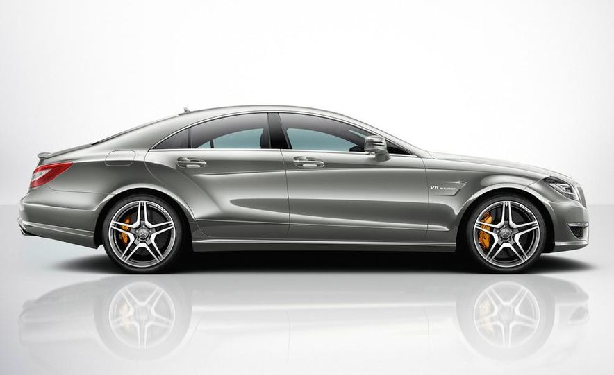 2012 Mercedes-Benz CLS63 AMG - Slide 32