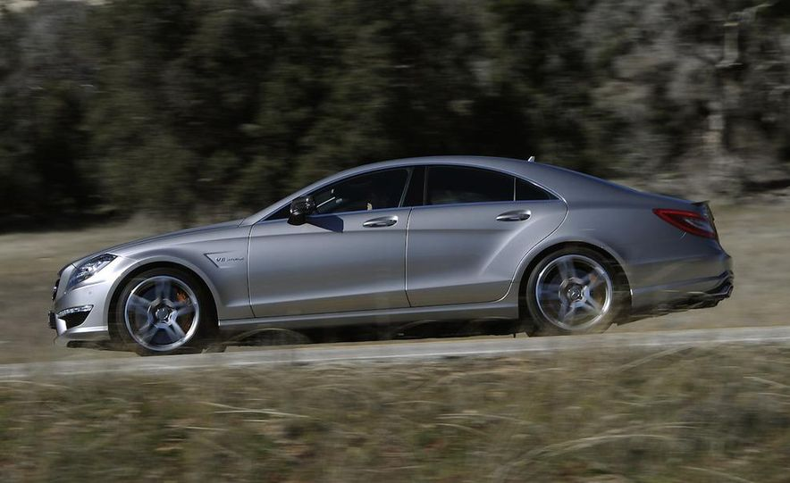 2012 Mercedes-Benz CLS63 AMG - Slide 11