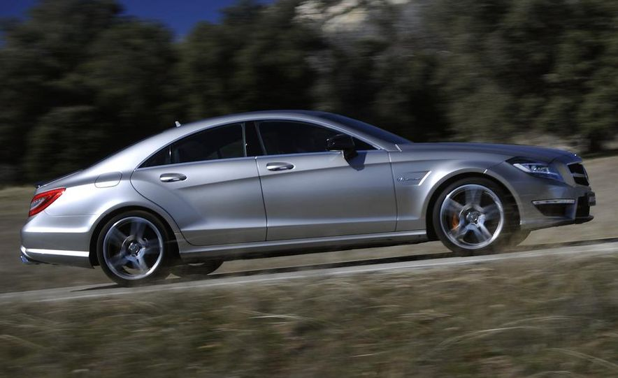2012 Mercedes-Benz CLS63 AMG - Slide 12