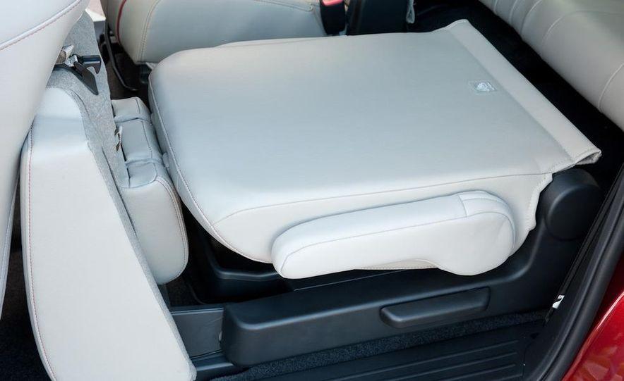 2012 Mazda 5 Grand Touring - Slide 37