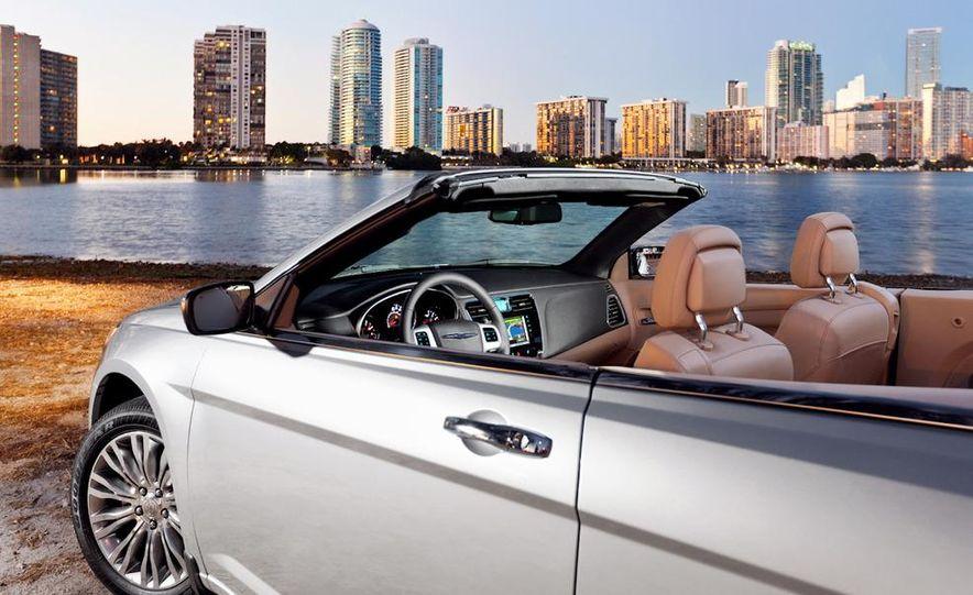 2011 Chrysler 200 convertible - Slide 5