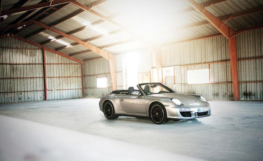 2011 Porsche 911 Carrera GTS Cabriolet - Slide 1