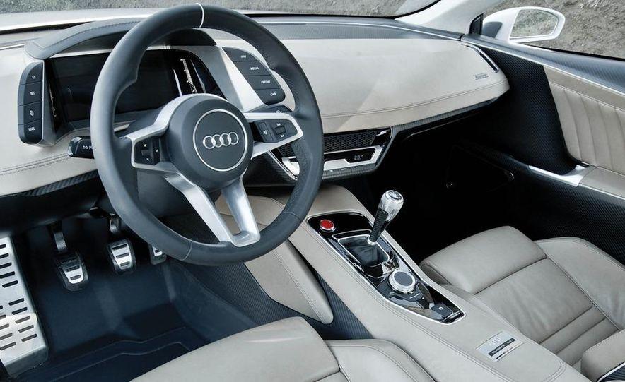 Audi Quattro concept and Audi Sport Quattro - Slide 9