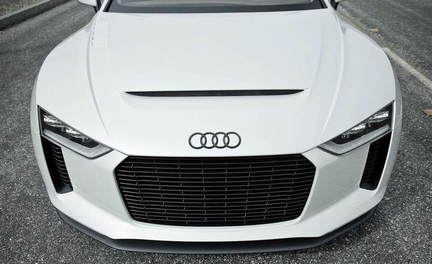 Audi Quattro concept and Audi Sport Quattro - Slide 6