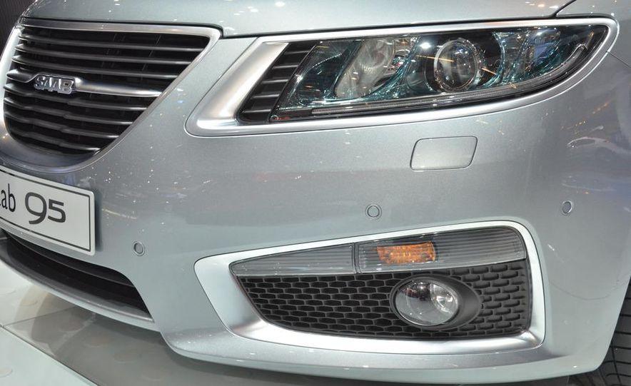2012 Saab 9-5 SportCombi - Slide 3