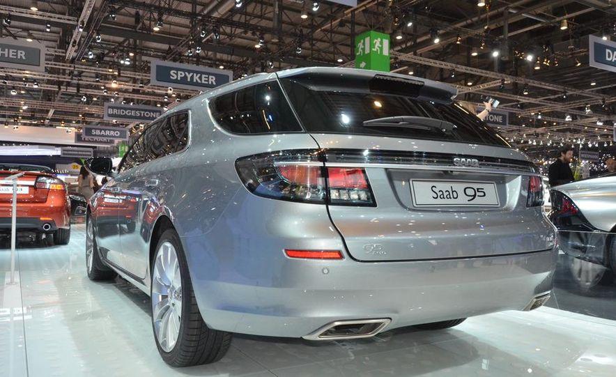 2012 Saab 9-5 SportCombi - Slide 4