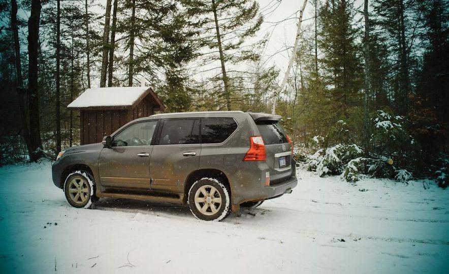 2011 BMW X5 xDrive35i, 2011 Land Rover LR4 HSE, 2011 Audi Q7 3.0T S-line, 2011 Acura MDX, and 2010 Lexus GX460 - Slide 24
