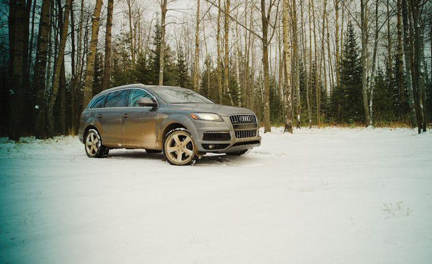 2011 BMW X5 xDrive35i, 2011 Land Rover LR4 HSE, 2011 Audi Q7 3.0T S-line, 2011 Acura MDX, and 2010 Lexus GX460 - Slide 4