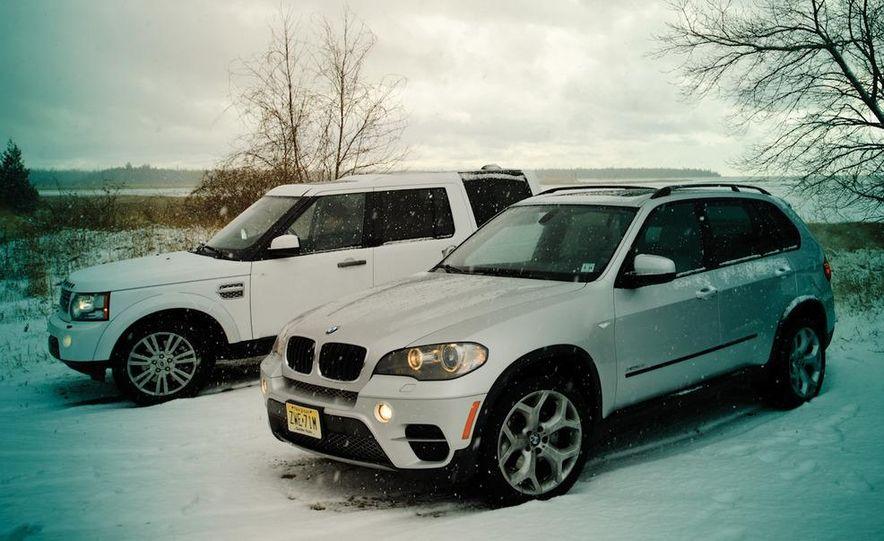 2011 BMW X5 xDrive35i, 2011 Land Rover LR4 HSE, 2011 Audi Q7 3.0T S-line, 2011 Acura MDX, and 2010 Lexus GX460 - Slide 17