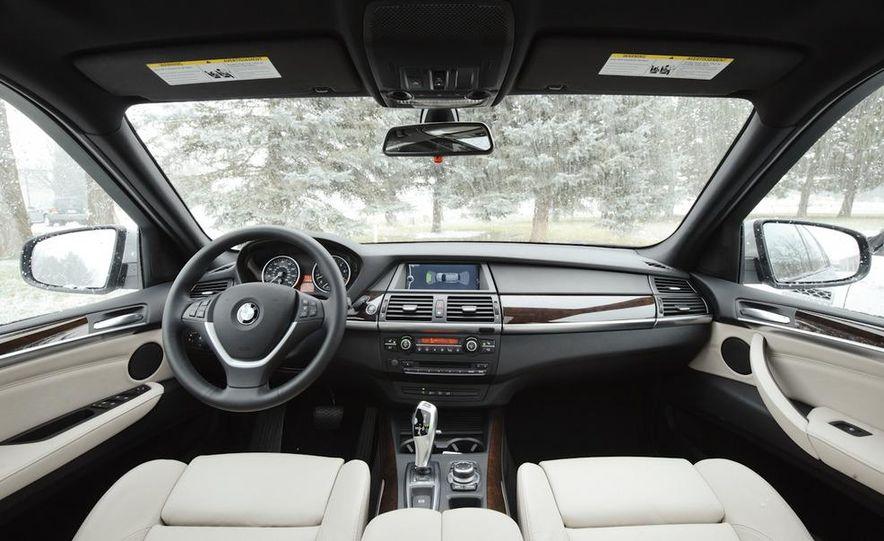 2011 BMW X5 xDrive35i, 2011 Land Rover LR4 HSE, 2011 Audi Q7 3.0T S-line, 2011 Acura MDX, and 2010 Lexus GX460 - Slide 11