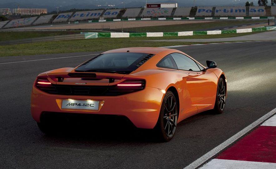 2012 McLaren MP4-12C - Slide 17