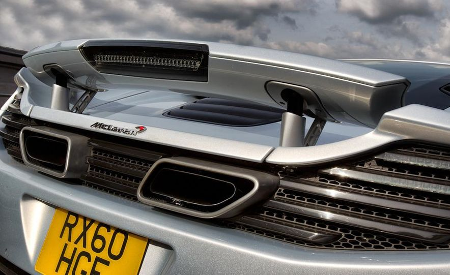 2012 McLaren MP4-12C - Slide 64