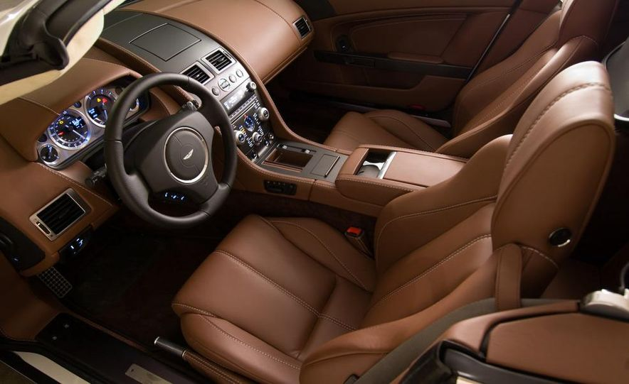 2011 Aston Martin V-8 Vantage S coupe - Slide 60