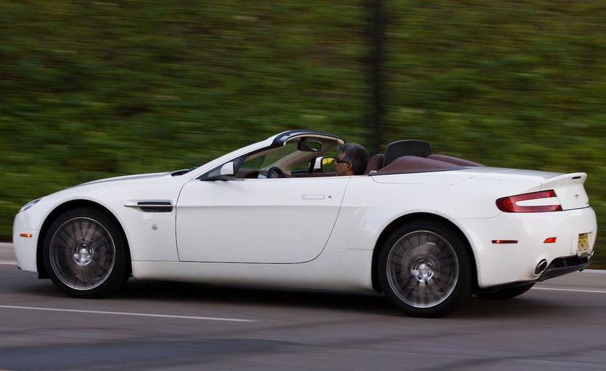 2011 Aston Martin V-8 Vantage S coupe - Slide 54