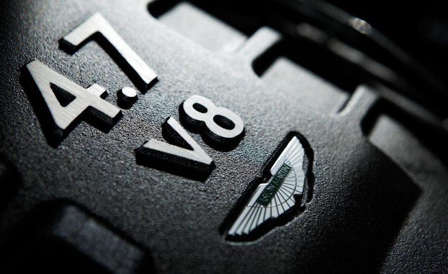 2011 Aston Martin V-8 Vantage S coupe - Slide 31
