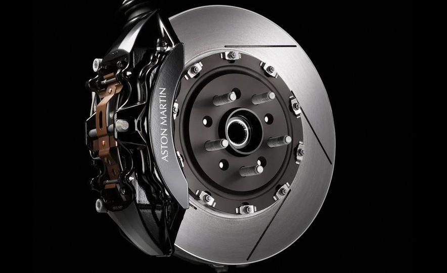 2011 Aston Martin V-8 Vantage S coupe - Slide 42