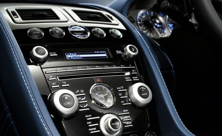2011 Aston Martin V-8 Vantage S coupe - Slide 34