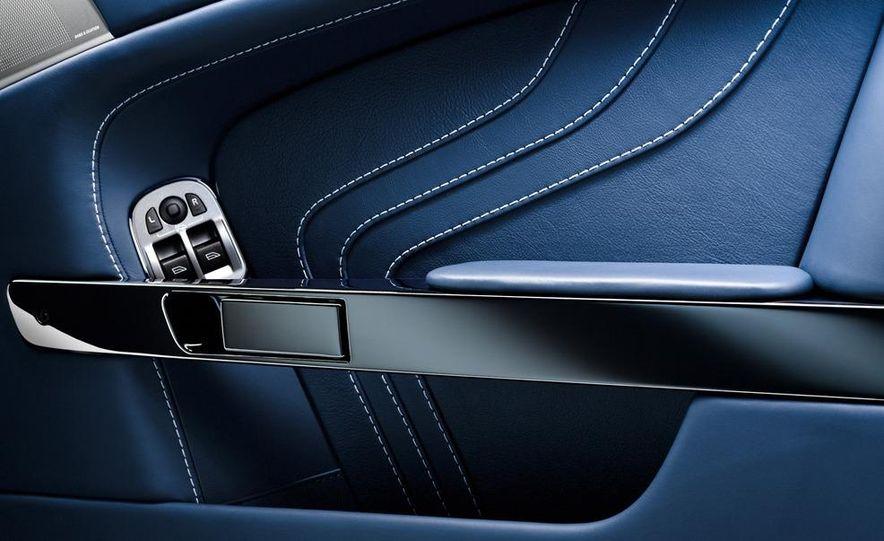 2011 Aston Martin V-8 Vantage S coupe - Slide 35