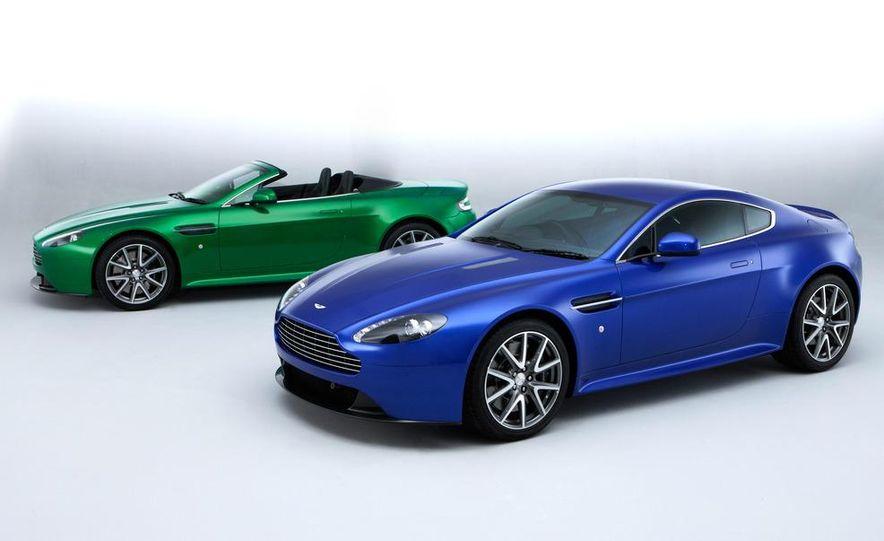 2011 Aston Martin V-8 Vantage S coupe - Slide 14