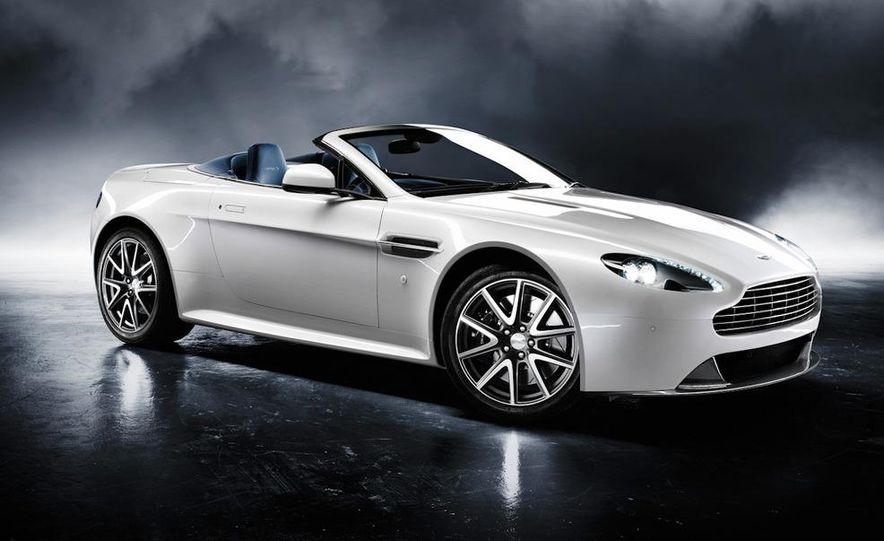 2011 Aston Martin V-8 Vantage S coupe - Slide 8