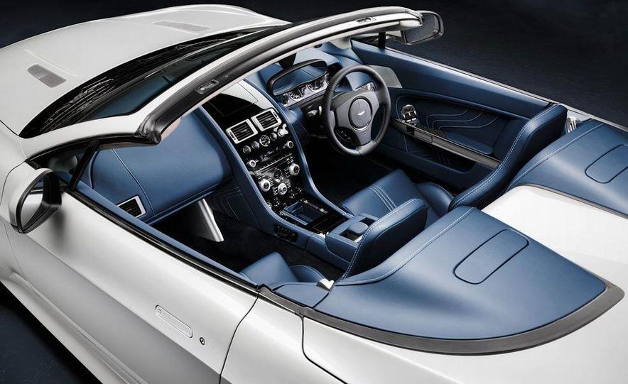 2011 Aston Martin V-8 Vantage S coupe - Slide 9